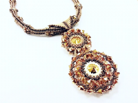 Rivoli Grande Pendant Beadwork Jewellery Kit with SWAROVSKI® ELEMENTS Gold and Cream Tones
